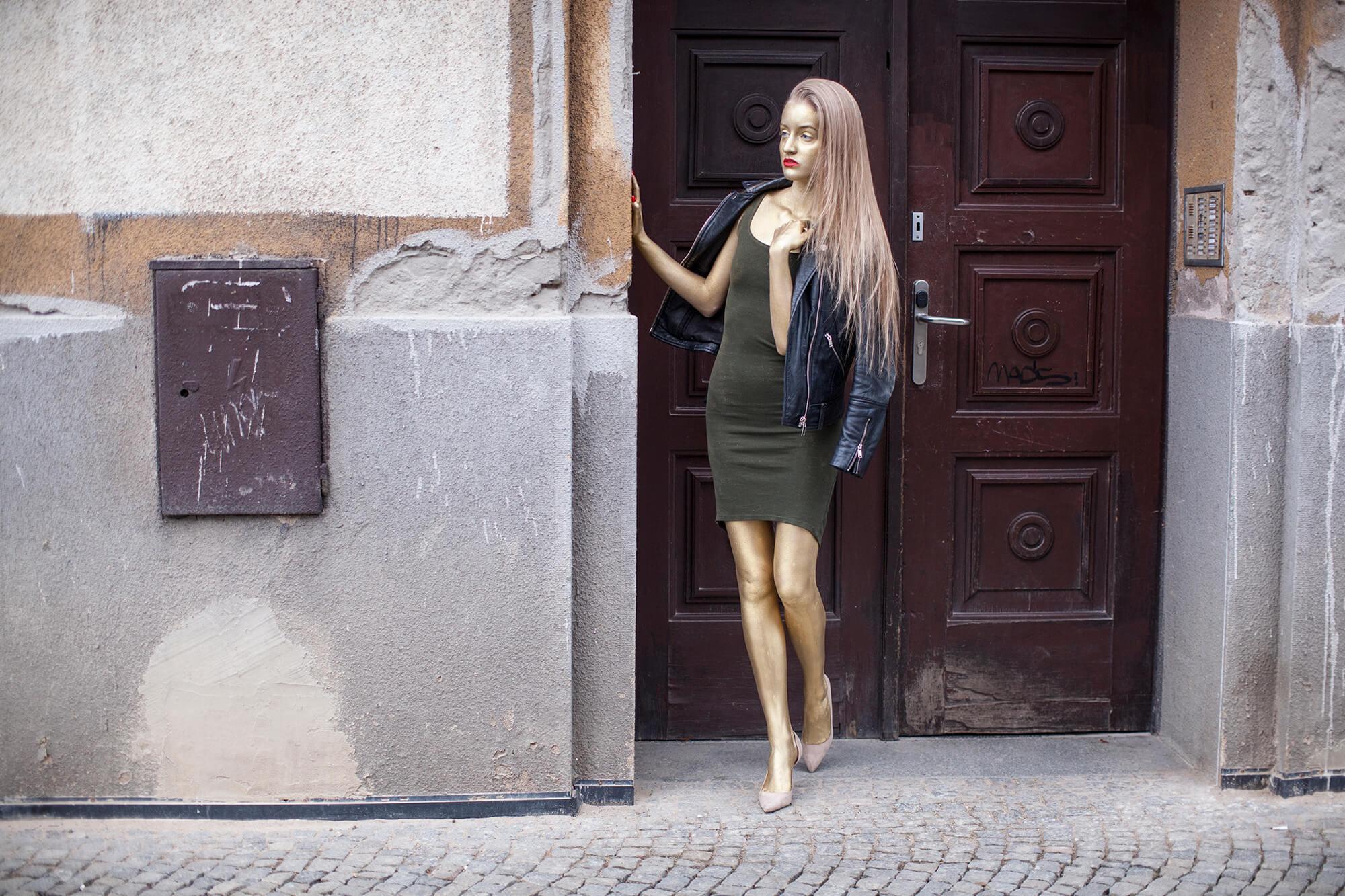 Golden girl by Shalev Man vs